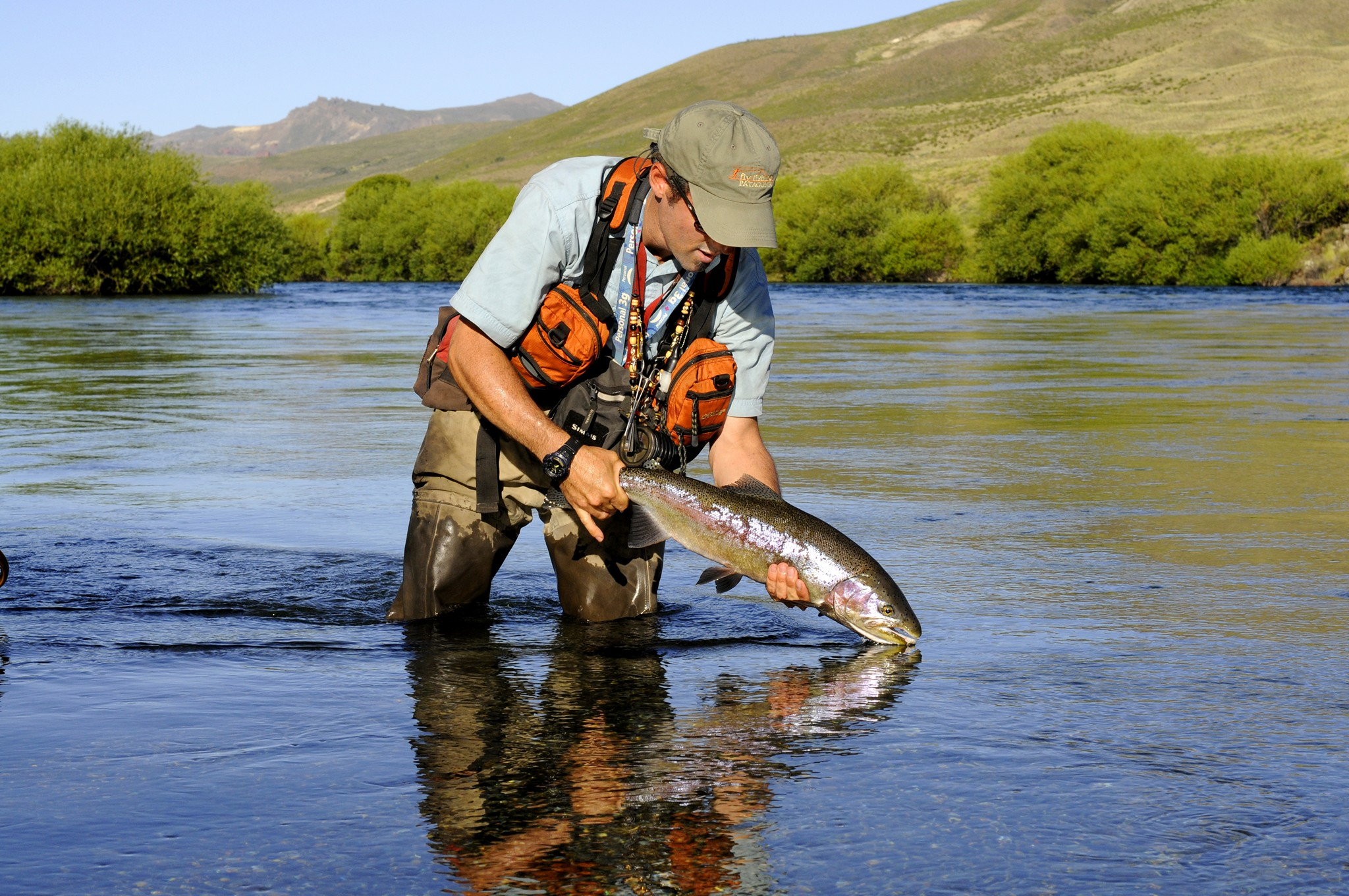 Ffp 39 s trips for trout bums fly fishing patagonia for Fly fishing photos