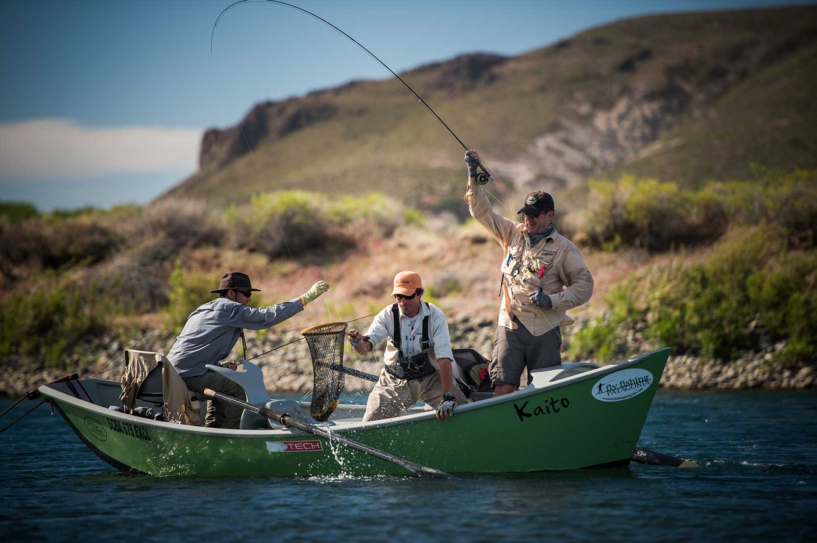 Homepage fly fishing patagonia for Fly fishing patagonia