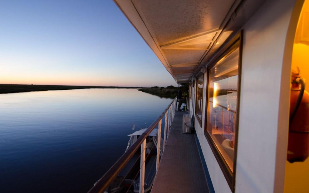 Golden Dorado River Cruiser10