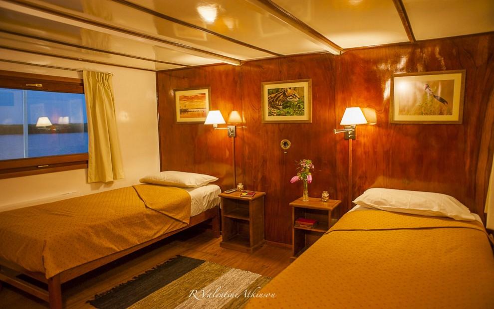 Golden Dorado River Cruiser27