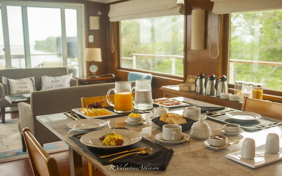 Golden Dorado River Cruiser29