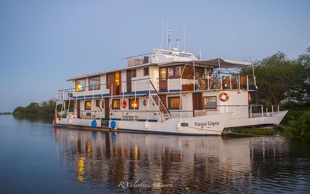 Golden Dorado River Cruiser33